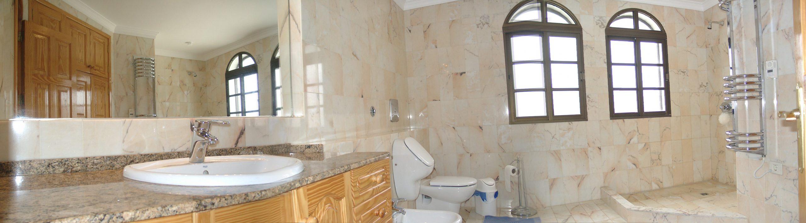 Casa Ronda 1 – Badezimmer im OG